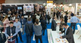 Exhibitors welcome FOOD EXPO Hybrid edition